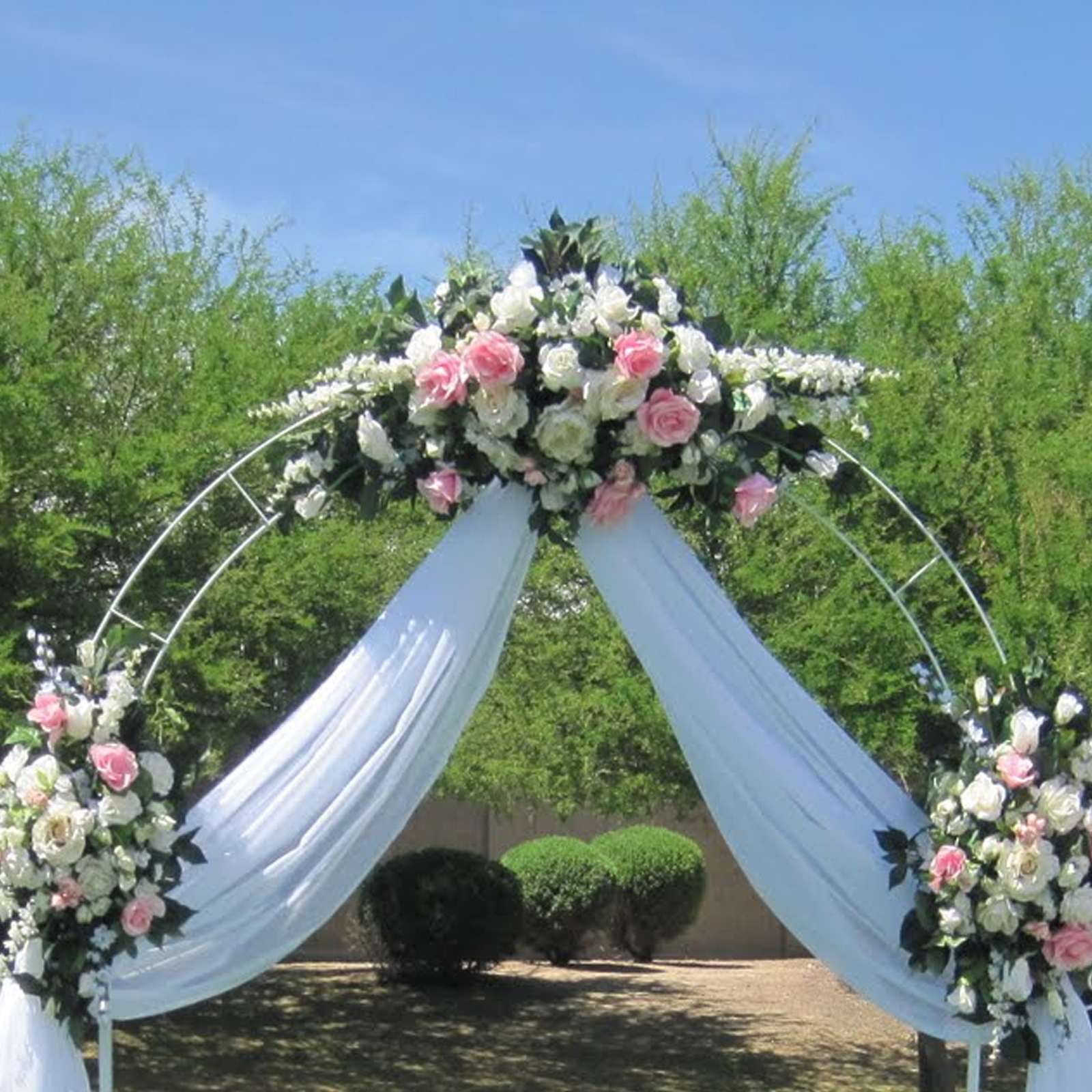 White metal arch wedding garden bridal party for Archway decoration ideas