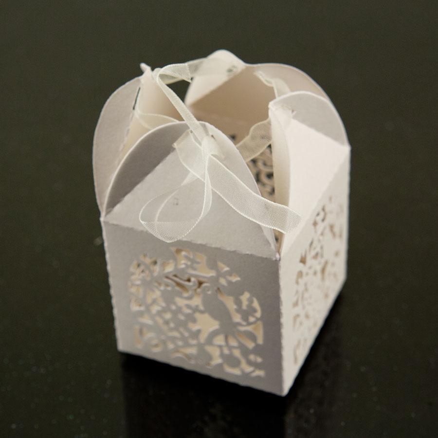 Wedding Gift Box Favors : Cute Garden Bird Favor Candy Box Party Wedding Decorations White Gift ...
