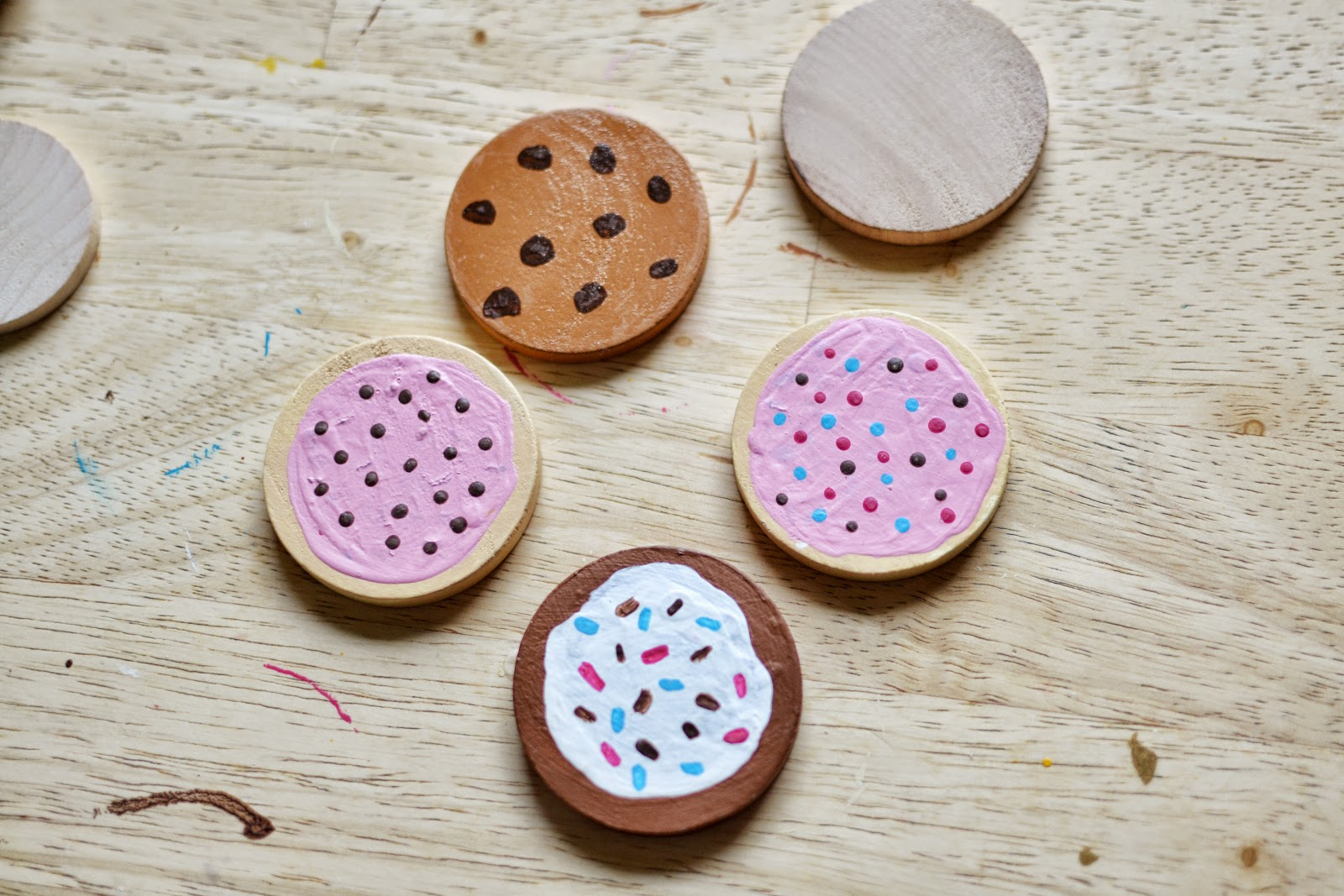 Wood craft circles unfinsihed wooden circle 1 5 inch for Wood circles for crafts