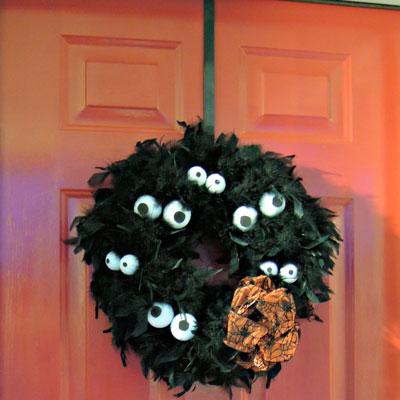 Over The Door Wreath Holder Hanger 12